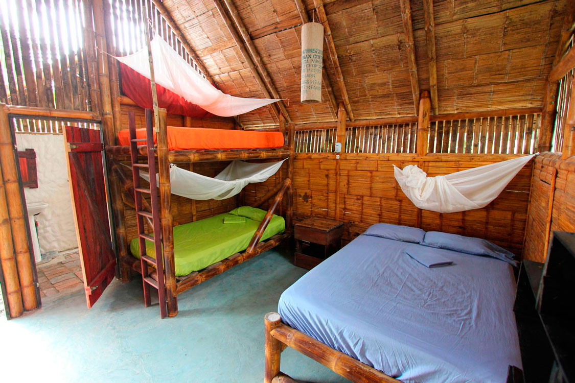 Bungalow Four - The Mudhouse Hostel Mompiche