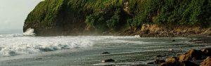 Mompiche black beach - Playa negra - Ecuador